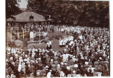 Arrival of the celebrant, Bishop Amigo, 7 July 1935, Canterbury parish (File reference: Canterbury Parish box)